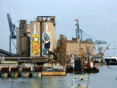 L'arte di Blu al porto di Ancona