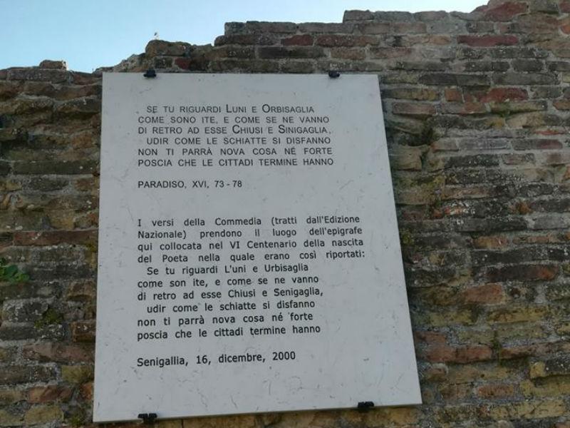I Versi Di Dante Alighieri Dedicati A Senigallia Sono