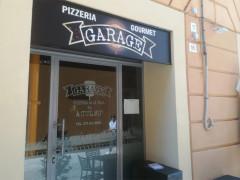 Garage by pizzeria Aculmò - pizza gourmet a Senigallia