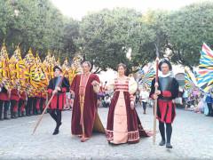 Coppia ducale al corteggio storico alla Contesa del Pozzo della Polenta di Corinaldo