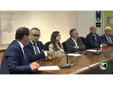 Conferenza sull'unione di tre Confidi della Regione Marcha