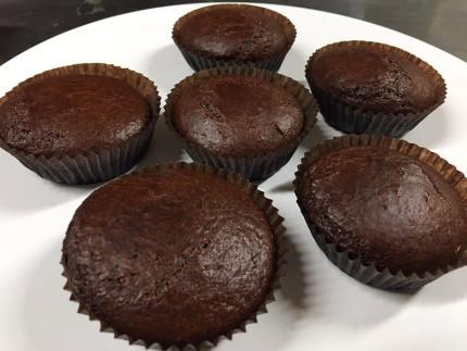 Muffin al cacao senza lattosio - ricetta di Luca Santini