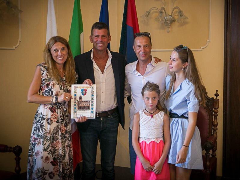Turisti premiati - Senigallia Notizie 79210c3126b