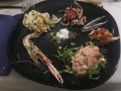 Antipasto di mare del ristorante pizzeria Il Tucano di Senigallia