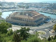 Mole Vanvitelliana, Lazzaretto di Ancona