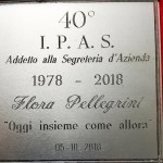 Si ritrovano dopo 40 anni le allieve della 3^ A del Panzini del 1978 - targa ricordo