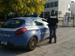 Controlli di Polizia al campus scolastico di Senigallia