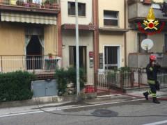 Incendio in una palazzina a Pesaro