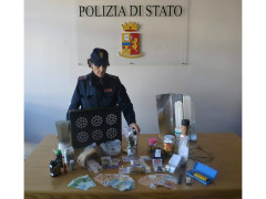 22enne arrestato per spaccio: la droga sequestrata dalla Polizia