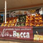 Arance e carciofi di Sicilia in Bocca, via Cellini 16 - Senigallia