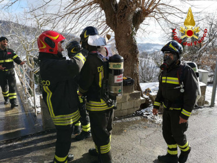 Intossicazione da monossido a Sassoferrato, intervento dei Vigili del Fuoco