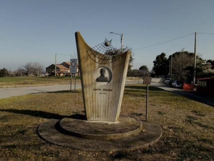Monumento a Renato Cesarini