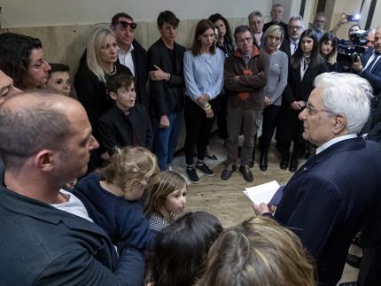 Sergio Mattarella incontra familiari delle vittime della Lanterna Azzurra di Corinaldo