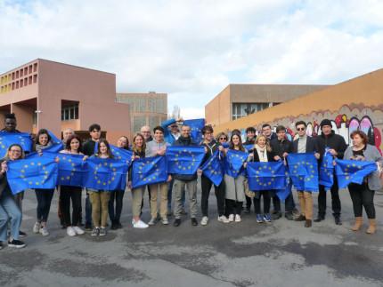 Bandiere dell'Unione Europea a Pesaro