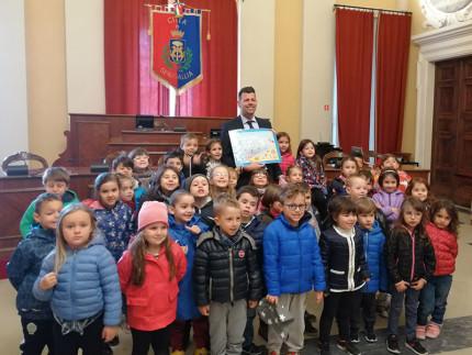 Ricevuti in Comune i piccoli alunni della scuola d'infanzia di Montignano