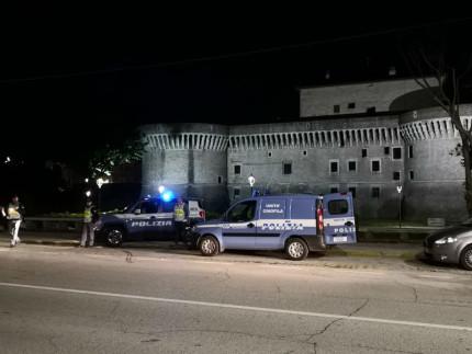 Controlli di Polizia su viale Bonopera vicino alla Rocca Roveresca