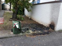 Cassonetti bruciati a Marzocca