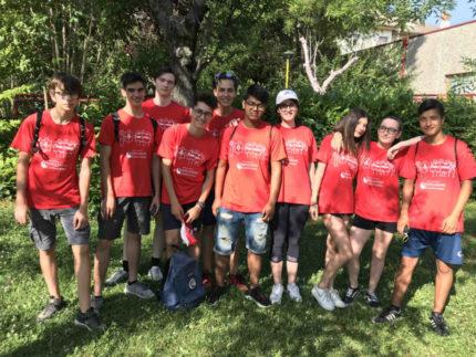 Giovani volontari al Centro Olimpico