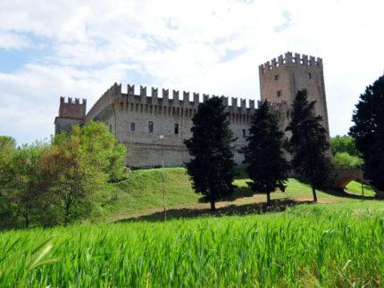 Castello della Rancia a Tolentino