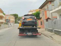 Rimozione, divieto, sosta, parcheggio - Foto Francesco Mallucci