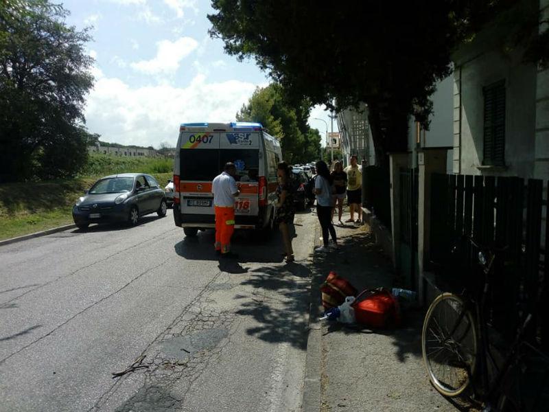 Incidente tra auto e bici sullo stradone Misa