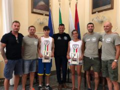 Due giovani atleti dell'Accademia Pugilistica ricevuti in Comune