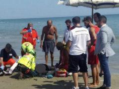 turista colta da malore rischia di annegare fonte ANSA
