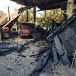 Capanno coinvolto dall'incendio in via Berardinelli