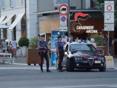 Controlli dei Carabinieri sul lungomare