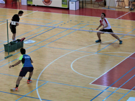 Partita di badminton a Senigallia
