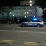 Controlli alla stazione della Polizia