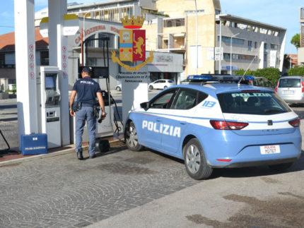 Tentato furto di benzina a Senigallia. Polizia sul posto