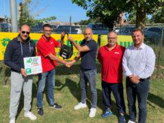 """""""Chi fa sport ci sta a cuore"""": defibrillatore donato alla UISP di Senigallia"""