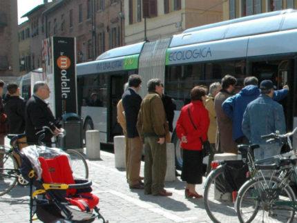 Trasporto pubblico locale, fermata autobus