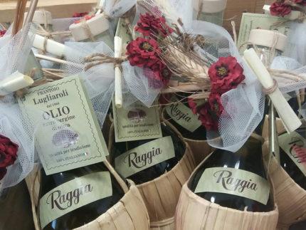 Olio di raggia del Frantoio Lugliaroli di Roncitelli di Senigallia