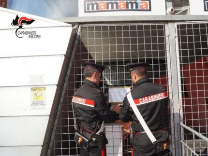 Carabinieri chiudono Mamamia