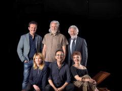Il cast di Anfitrione, per la regia di Filippo Dini