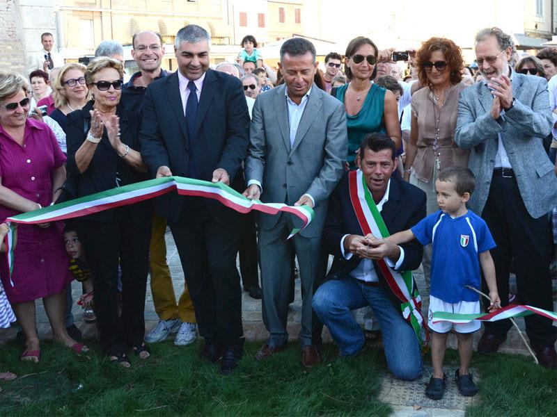26 giugno 2011 - Inaugurazione dei giardini Catalani