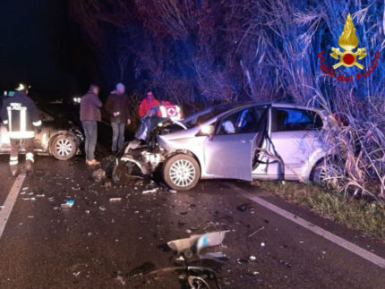 Incidente frontale a Borgo Catena