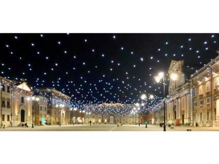 l cielo stellato di piazza Garibaldi continuerà a splendere fino alla fine di febbraio