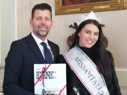 ricevuta in Comune Carolina Stramare, Miss Italia 2019