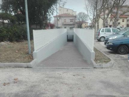 Sottopasso pedonale alla Cesanella, all'altezza di piazzale Michelangelo