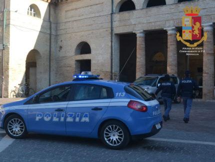 Polizia, controlli