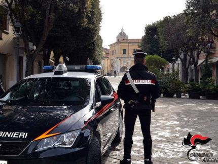 Carabinieri in via Carducci