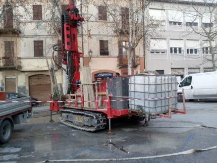 Carotaggi in piazza Simoncelli