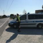 Posto di controllo della Polizia Locale durante emergenza Coronavirus