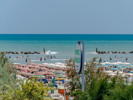 Hotel Corallo di Senigallia: vacanze al mare davanti alla Spiaggia di Velluto