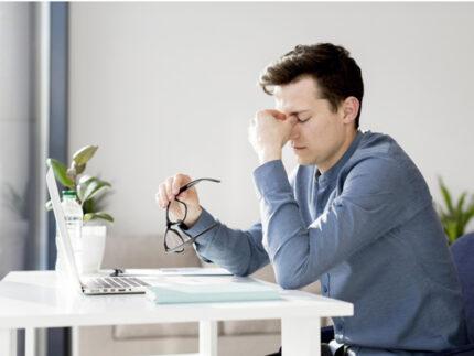 Affaticamento occhi dopo lavoro al PC