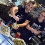 Timati e Marina, barman e barmaid dello Skizzo Bar di Senigallia