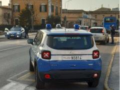 Polizia, Volante, Agenti